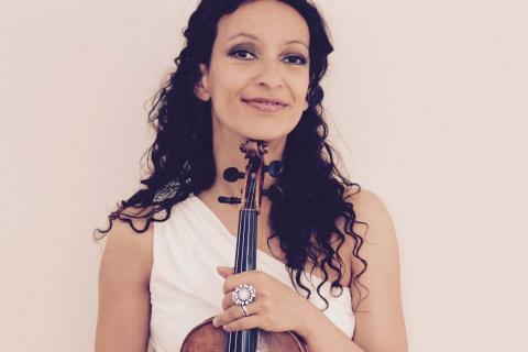 Die-vielseitige-Violinistin-aus-Berlin-8