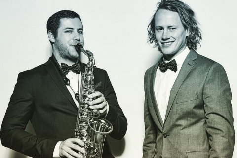 DJ und Live Saxophon (3)