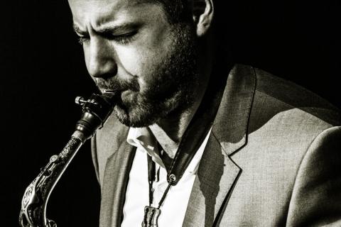 DJ und Live Saxophon (4)