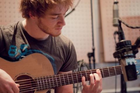 Fingerstyle -und Instrumentalgitarrist Marburg (3)