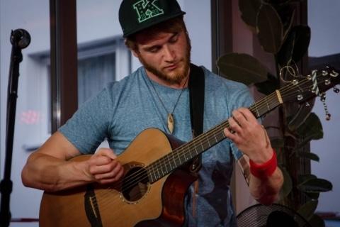 Fingerstyle -und Instrumentalgitarrist Marburg (4)