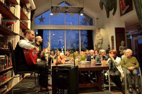 Flamenco-und-klassische-Gitarre-aus-Koeln-10