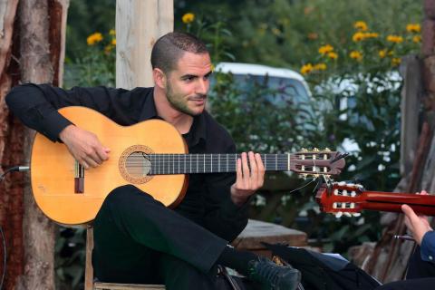 Flamenco-und-klassische-Gitarre-aus-Koeln-2