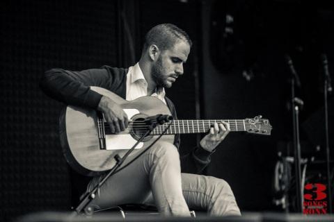 Flamenco-und-klassische-Gitarre-aus-Koeln-6
