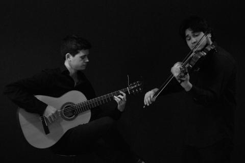 Leidenschaftliches Duo Geige & Gitarre Dresden (3)