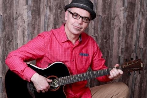 Gitarrist und Sänger Rhein-Main (4)