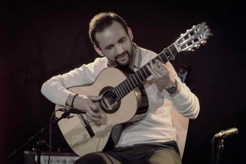 Hamburgs-Flamenco-Gitarrist-3