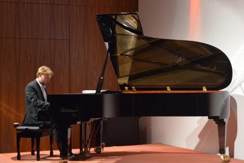 Ihr Leipziger Allround Pianist (2)