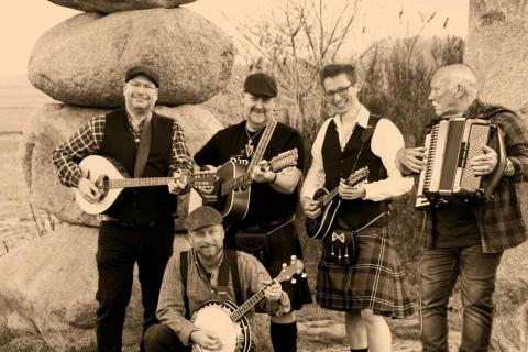 Irish-Folk-Band-aus-dem-Westen