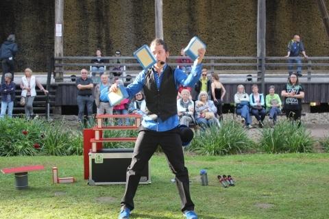 Jongleur, Akrobat und Entertainer aus Köln (2)