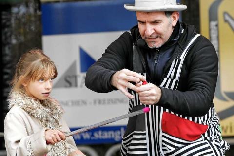 Kinderzauberer Zaubershow München (14)