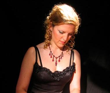 Klassisch ausgebildete Pianistin aus Aachen (4)