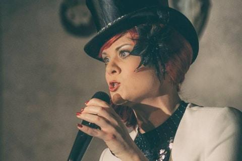 Lady-Lina-Diva-•-Gesang-Tanz-und-Moderation-3