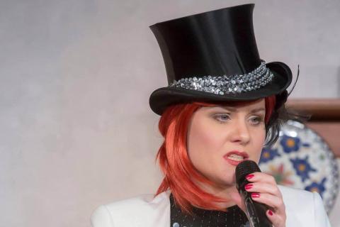 Lady-Lina-Diva-•-Gesang-Tanz-und-Moderation-4