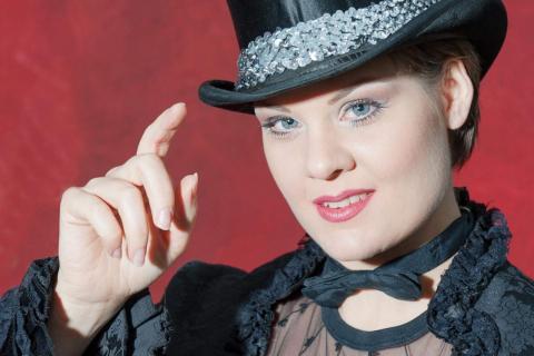 Lady-Lina-Diva-•-Gesang-Tanz-und-Moderation-8