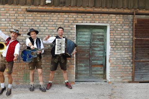 Original Münchner Oktoberfestband (3)