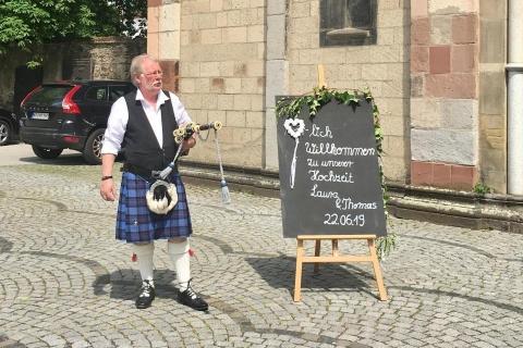 Original-schottischer-Dudelsackspieler-NRW-6