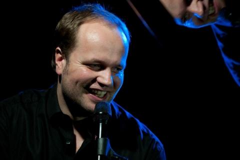 Pianist und Sänger aus Oldenburg (1)