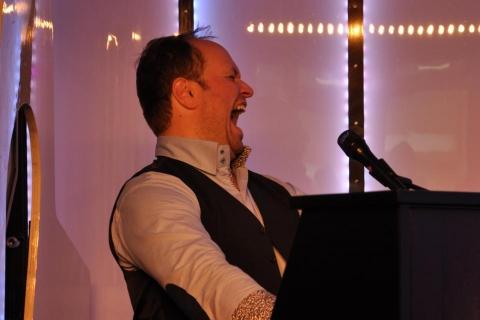 Pianist und Sänger aus Oldenburg (10)