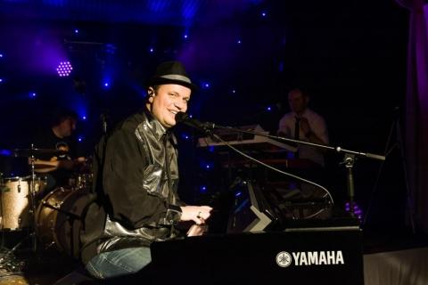 Pianist und Sänger aus Oldenburg (6)
