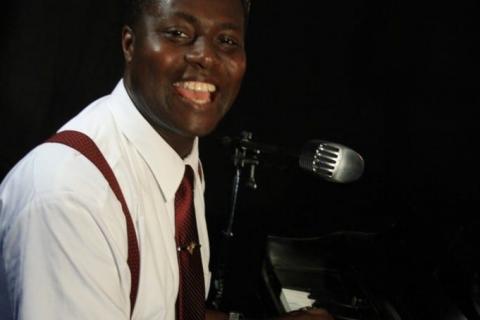Rock' Bluesy Francky - Pianist und Sänger (7)