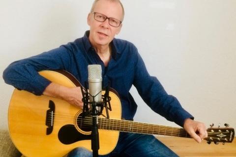 Sänger und Gitarrist aus Karlsruhe (2)