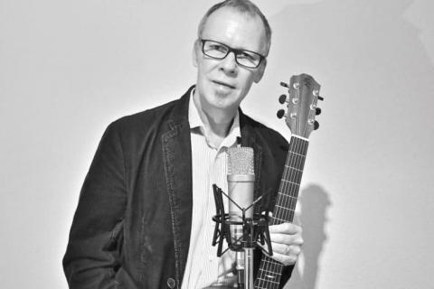 Sänger und Gitarrist aus Karlsruhe (5)