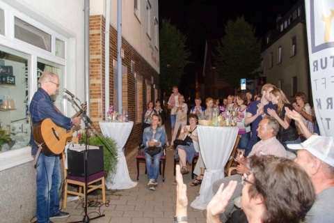 Sänger und Gitarrist aus Karlsruhe (9)
