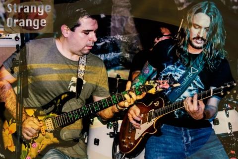 Strange Orange Hardrock Band (4)