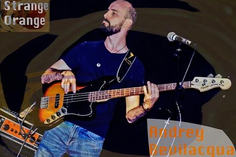 Strange Orange Hardrock Band (9)