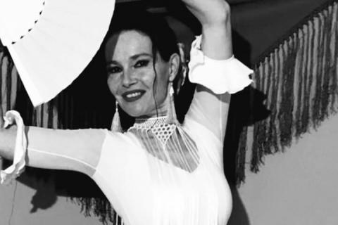 Taenzerin-Daniela-•-Flamenco-und-Spanische-Tanz-11