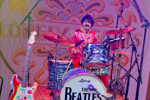 The-Beatles-Tribute-Band-10