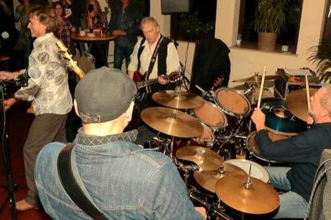 The-Kinks-Tribute-Band-9