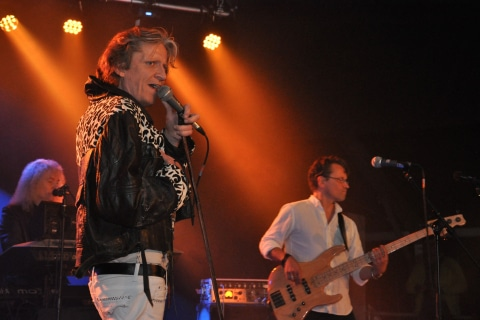 The-Queen-Tribute-Band-10