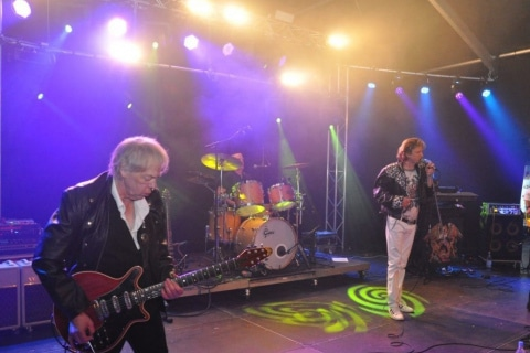 The-Queen-Tribute-Band-3