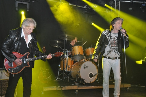 The-Queen-Tribute-Band-7