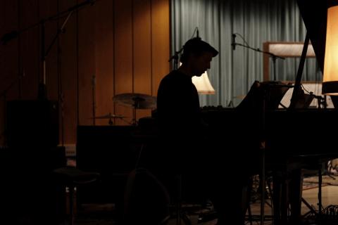 Vielseitige Solopianist Dom - Klavier und Gesang (3)