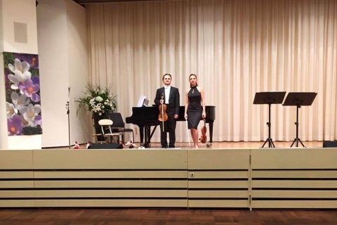 Violin-Duo - Orchestra in two violins (1)