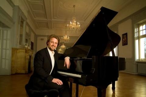 Ihr-Leipziger-Allround-Pianist-1
